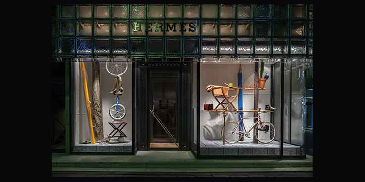 See the Playful Hermès Window Installation in Ginza, Tokyo 1
