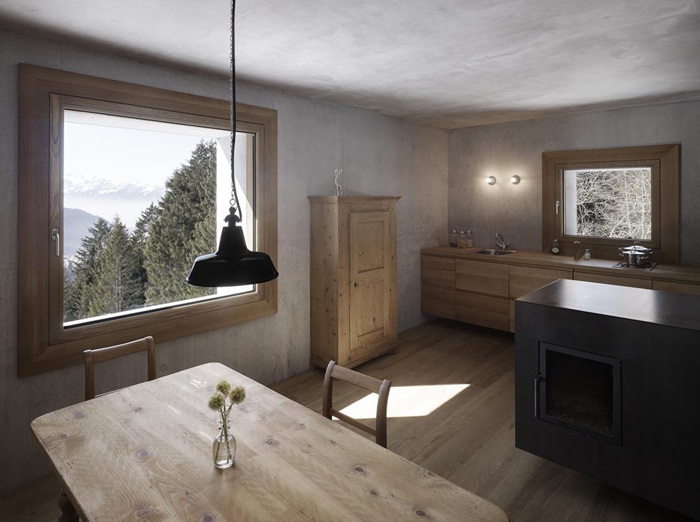 mountain-cabin-austria-4