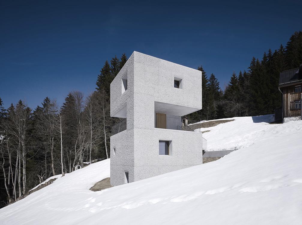 mountain-cabin-austria-6