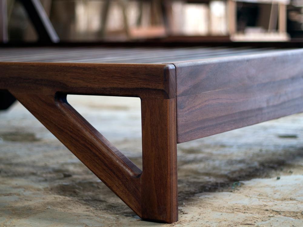 Aaron-Poritz-Furniture-04