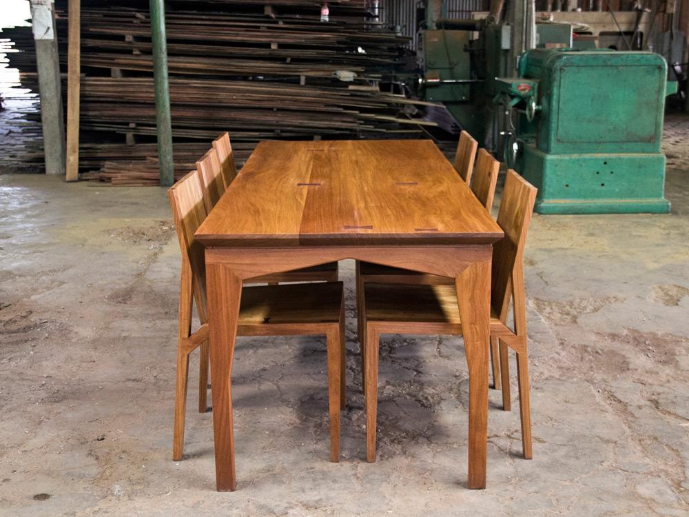 Aaron-Poritz-Furniture-09