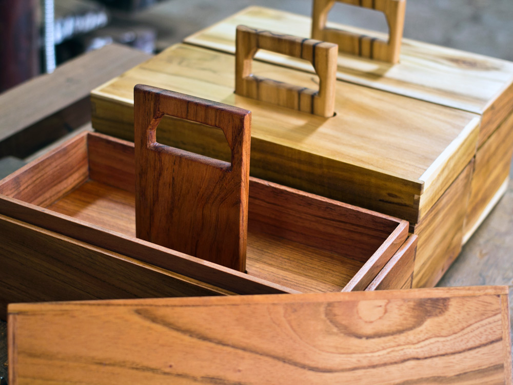 Aaron-Poritz-Furniture-11