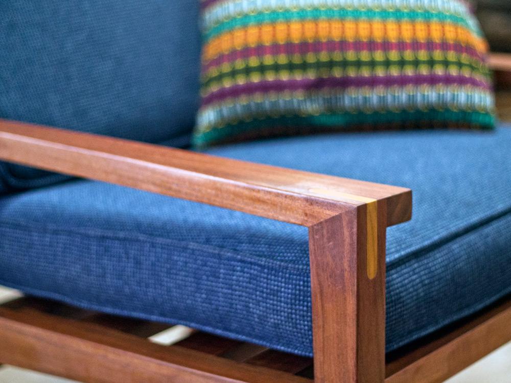 Aaron-Poritz-Furniture-13