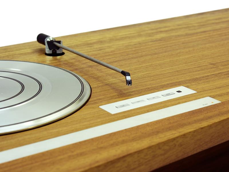 folded-record-bureau-04