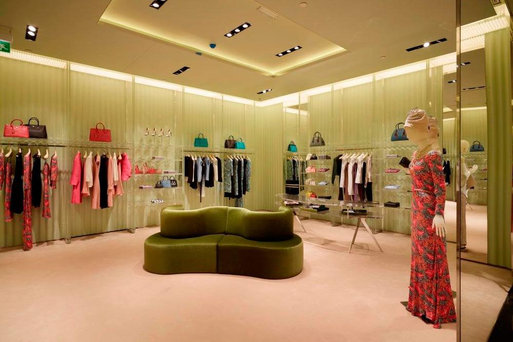prada-qatar-store-03