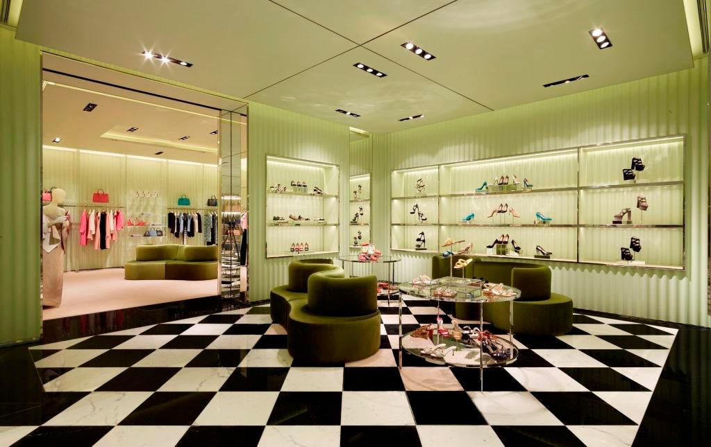 prada-qatar-store-04