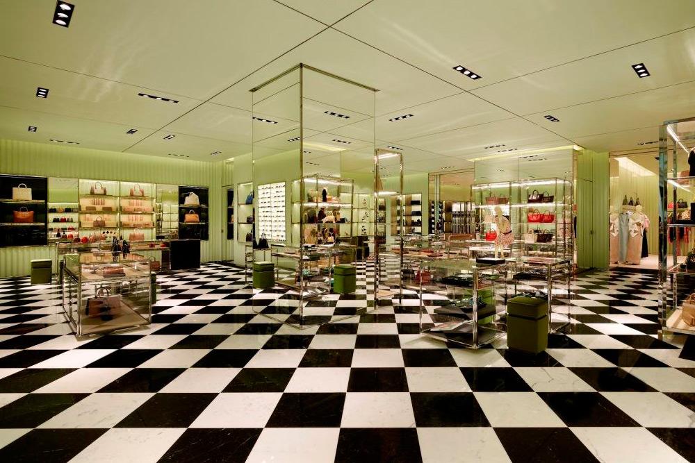 prada-qatar-store-05
