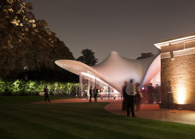 Serpentine-Sackler-Galler-Zaha-Hadid-05