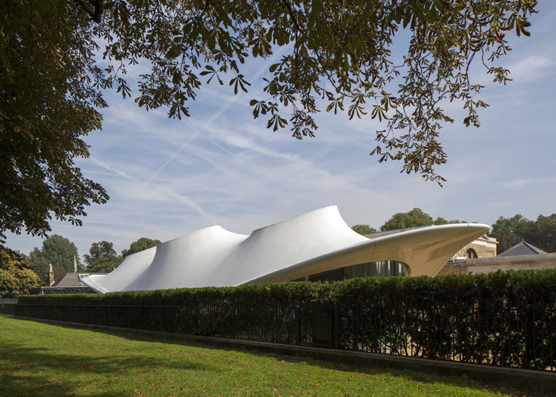 Serpentine-Sackler-Galler-Zaha-Hadid-06
