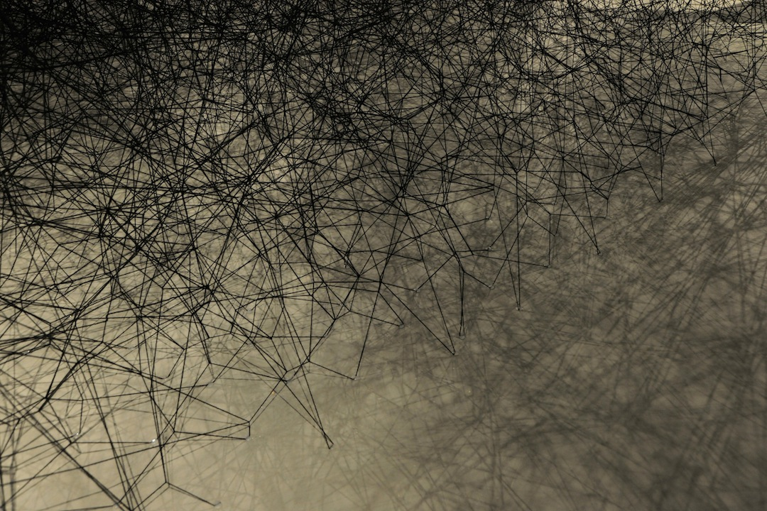 Chiharu Shiota-other-side-9