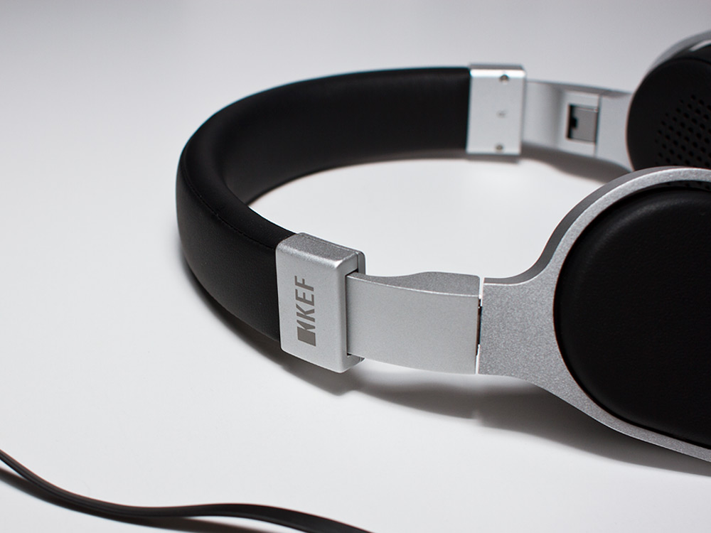 KEF-headphone-01