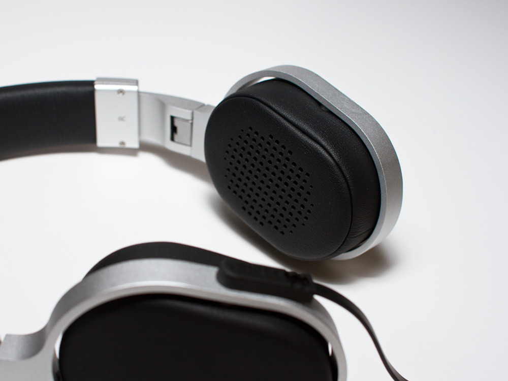 KEF-headphone-03