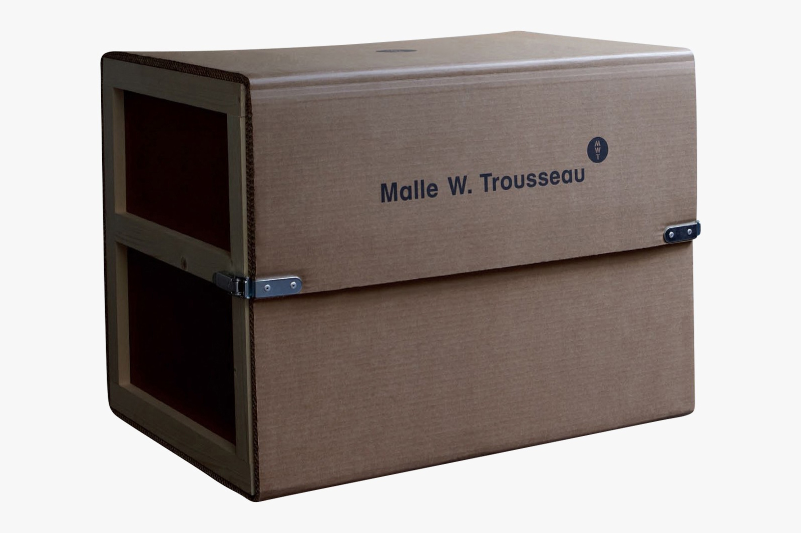 Malle-W-Trousseau-Kitchen-Trunk-0