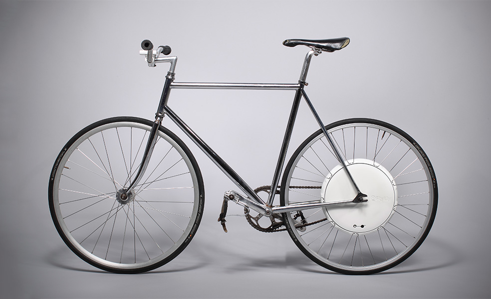 Turn Any Bike Electric With The FlyKly Smart Wheel and App