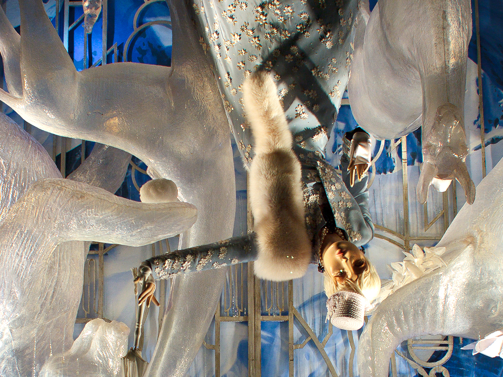 bergdorf-holiday-windows-11
