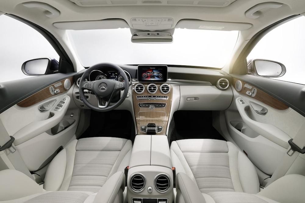 2015-Mercedes-Benz-C-Class-2
