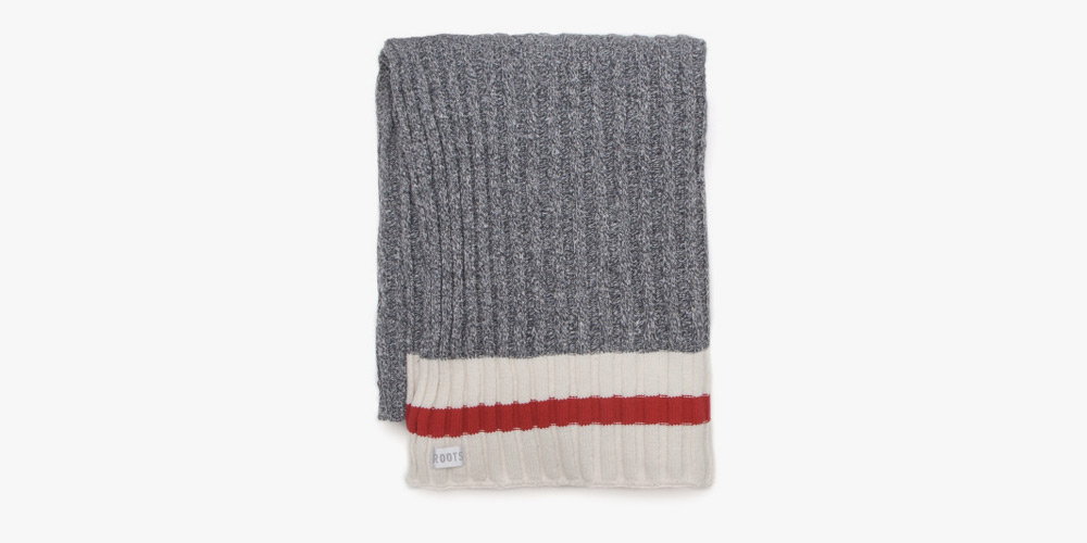 roots-cabin-throw-blanket-00