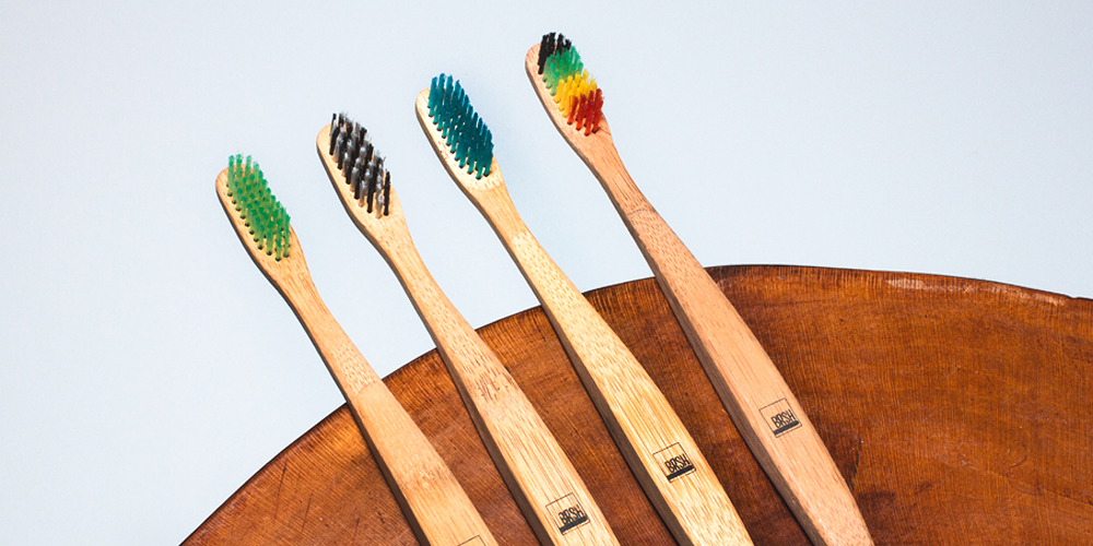 brsh-wooden-toothbrush-000