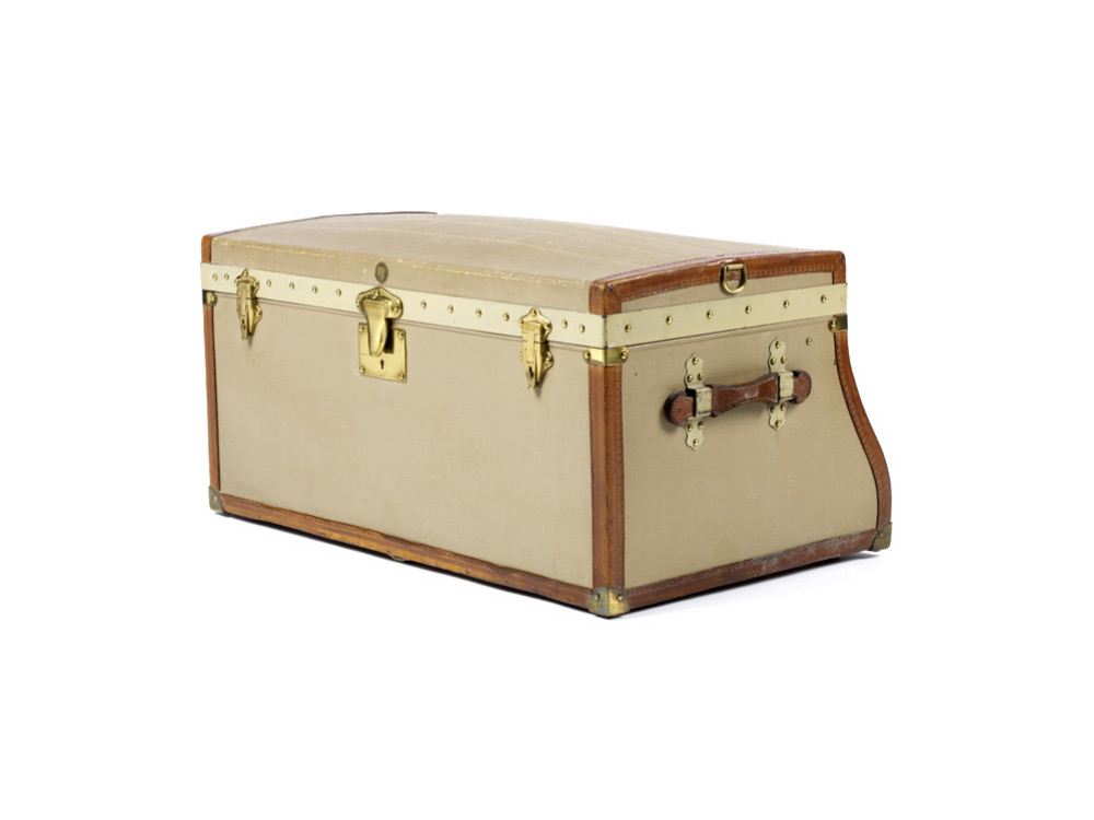 moynat-trunks-02