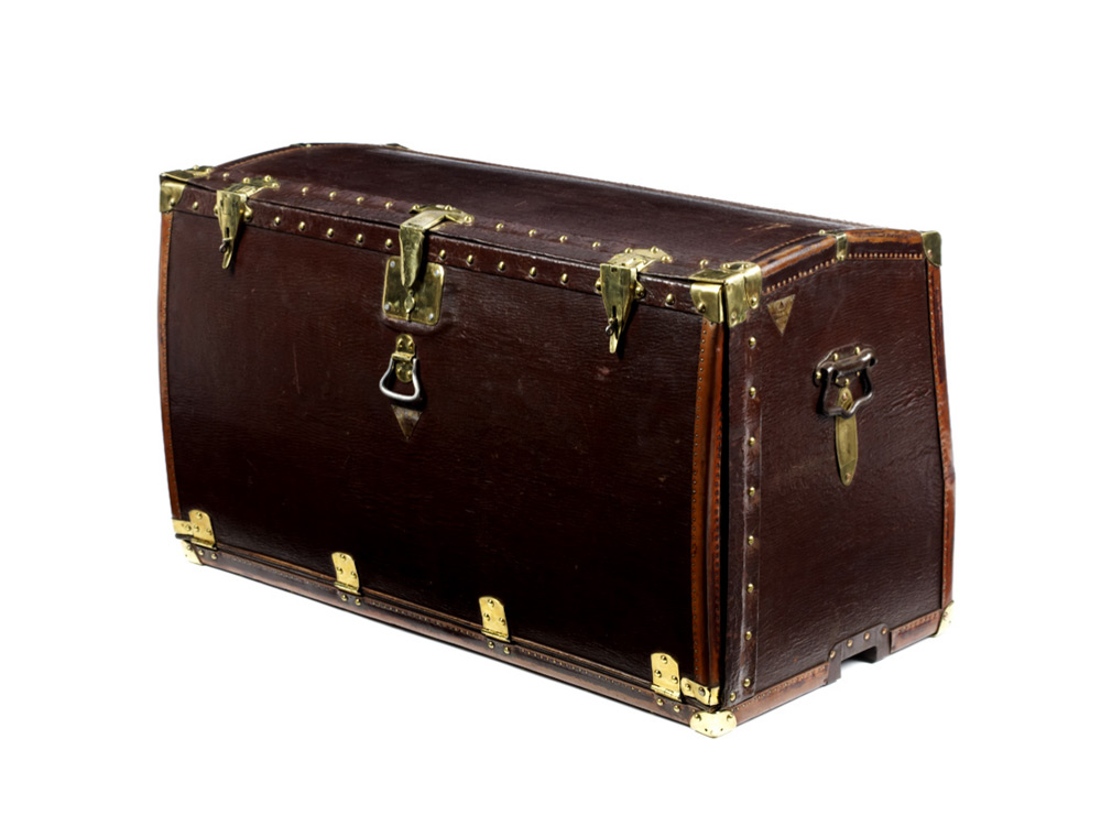 moynat-trunks-05