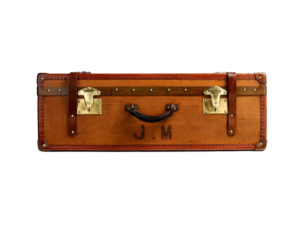moynat-trunks-08