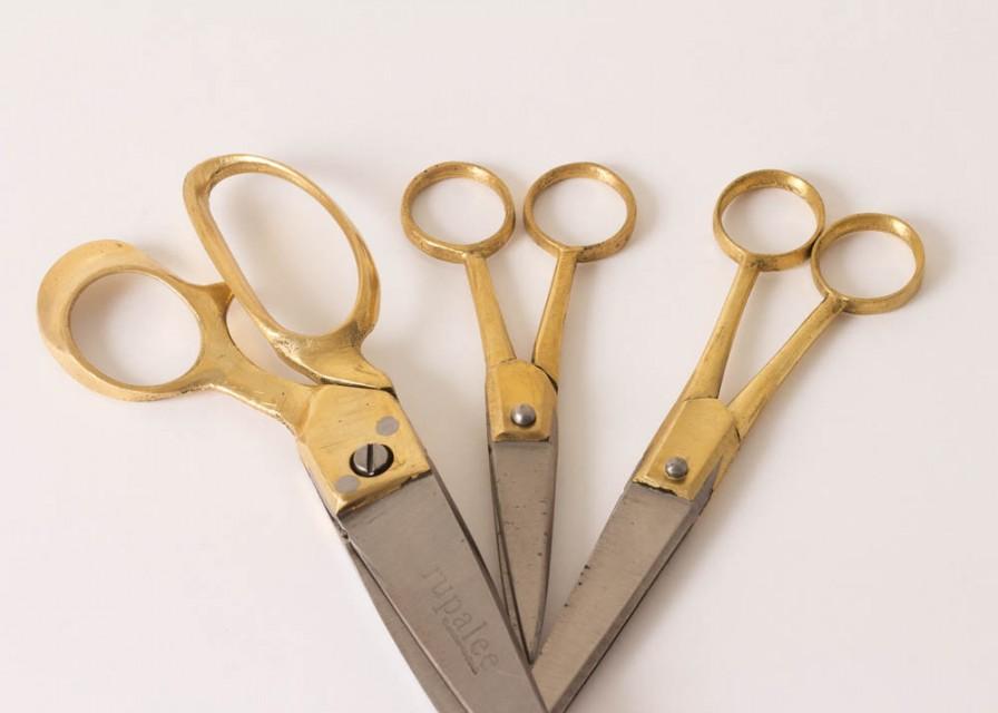 Parveen-Rupalee-Scissors-2