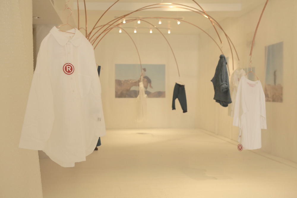 levis-red-pop-up-01