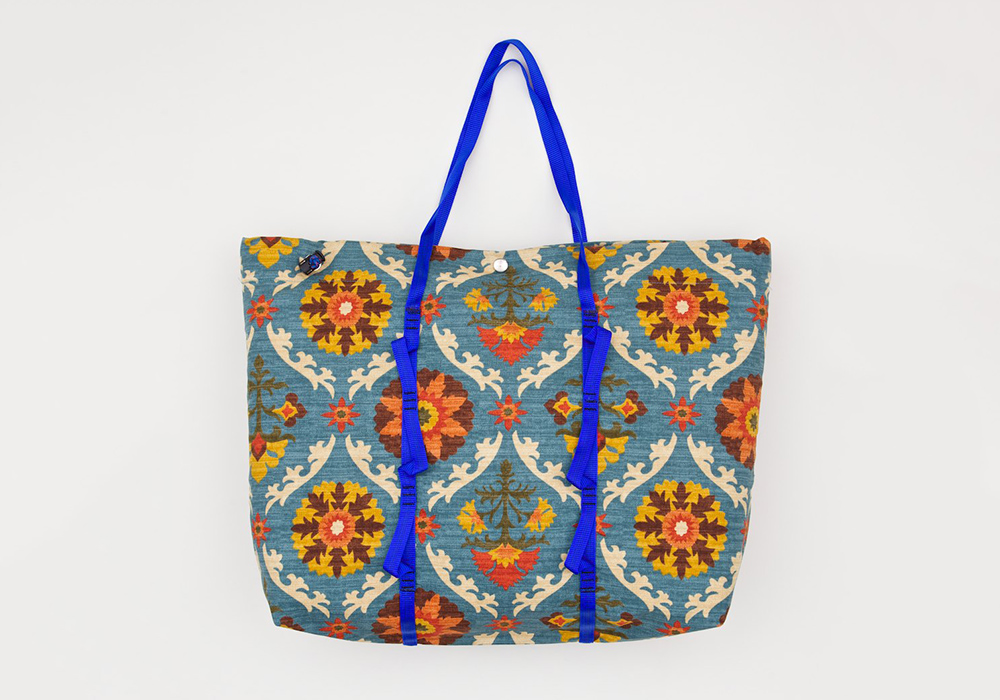 Epperson-Mountaineering-Medallion-Tote-0