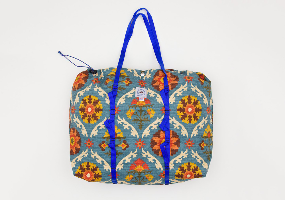 Epperson-Mountaineering-Medallion-Tote-1