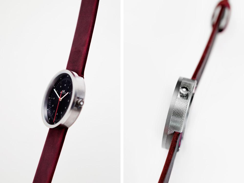 mona-graduate-watch-2014-02