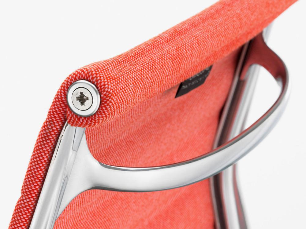 vitra-eames-chair-aluminum-2014-05
