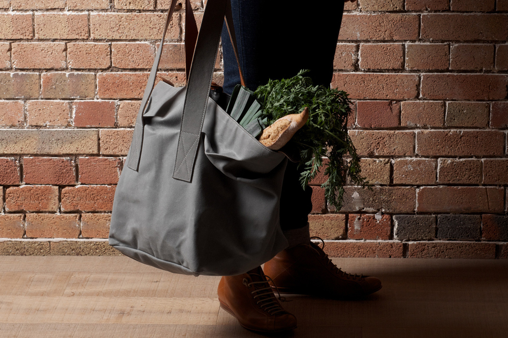 Hard-Graft-Cube-Tote-02