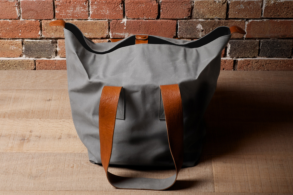 Hard-Graft-Cube-Tote-03