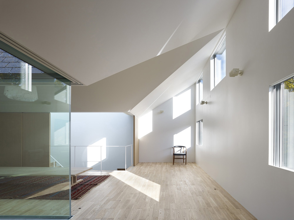 atlas-house-japan-2014-06