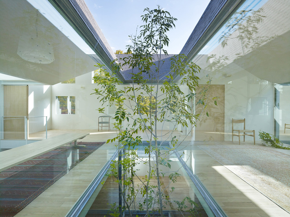 atlas-house-japan-2014-07