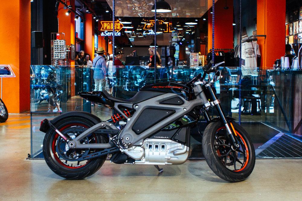 Harley-Davidson-LiveWire-02