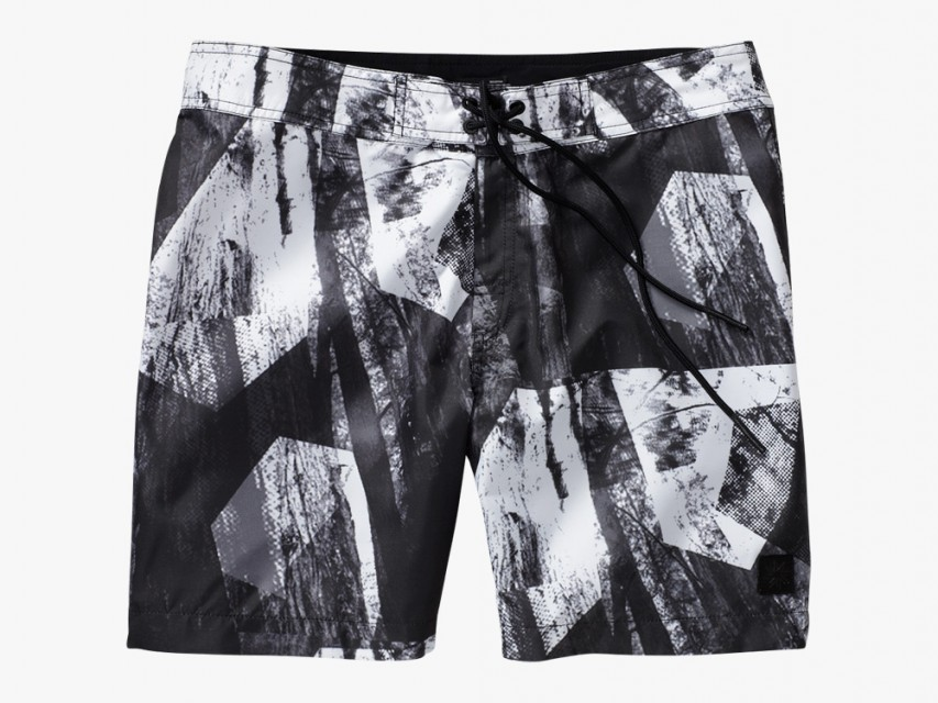 Isaora-Swim-Trunks-01