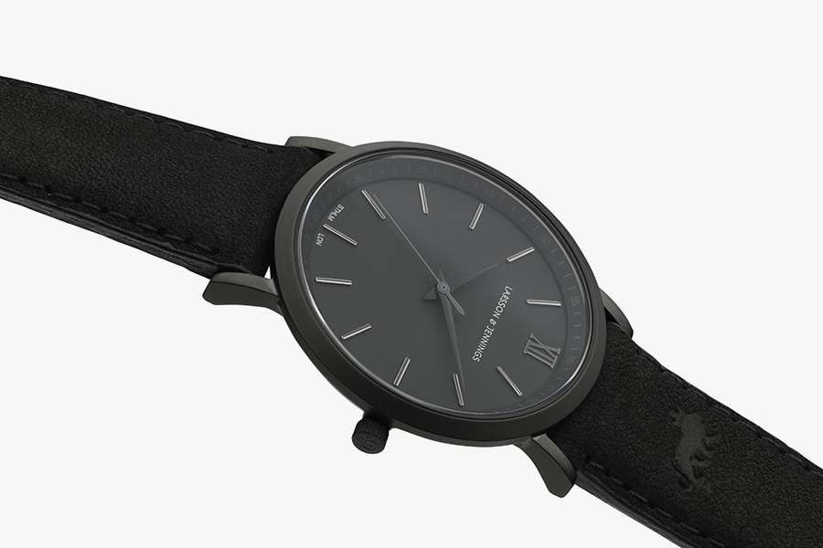 Larsson-Jennings-Umbra-Watch-0