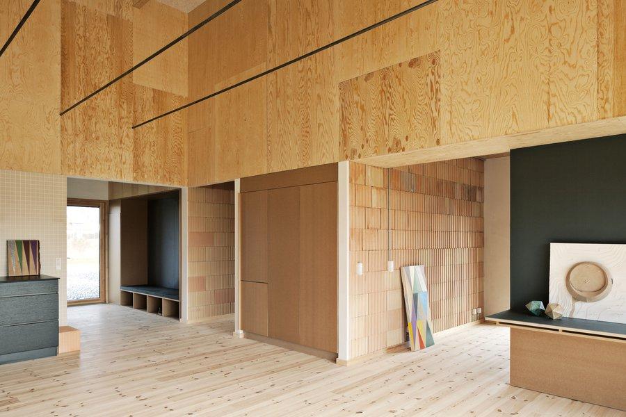 Leth-Gori-Brick-House-11