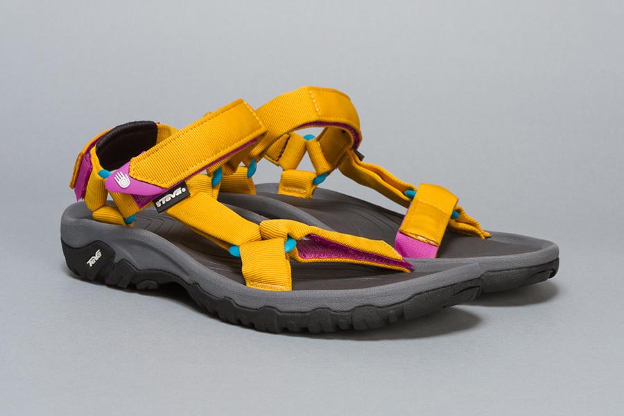Teva-Oshman's-Sandal-0
