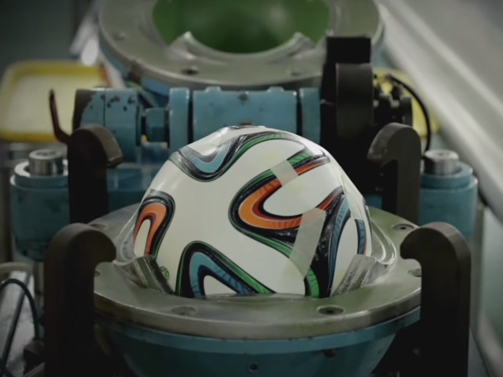 brazuca-world-cup-making-adidas-2014-01