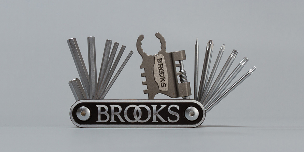 Brooks-Multi-tool-00