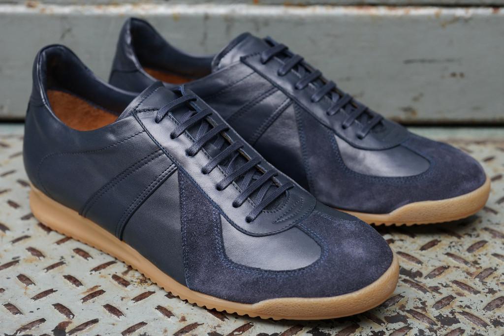 Epaulet-Sports-Sneaker-3