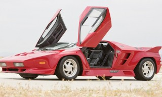 The Ferrari-Beating 1992 Vector W8 Twin Turbo to Go on Auction