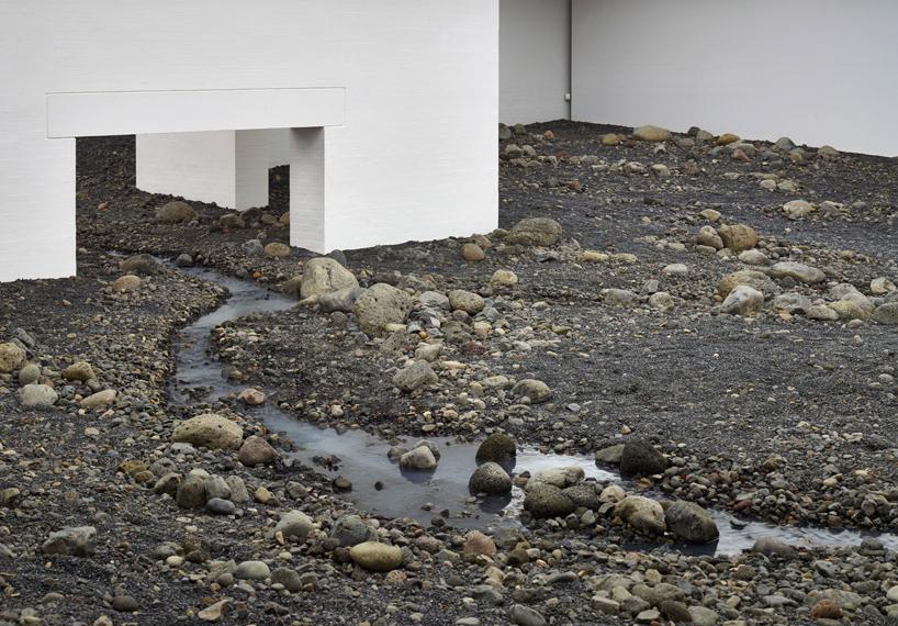 Olafur Eliasson-Riverbed-01