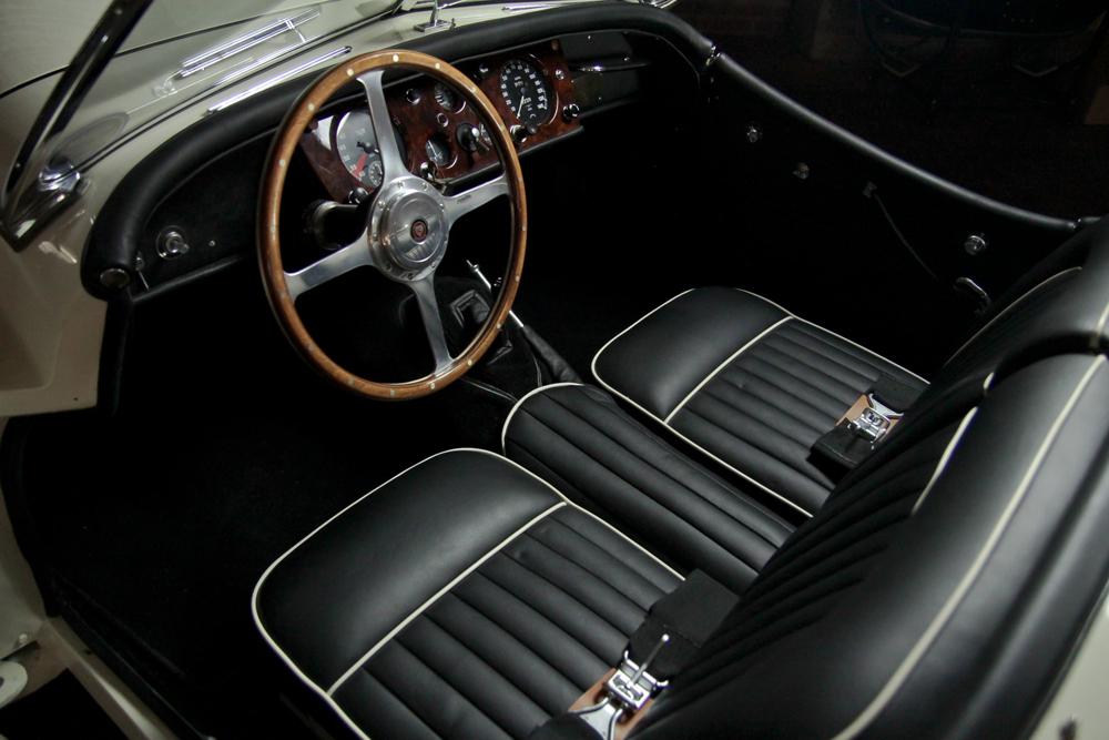 jaguar-xk140-06