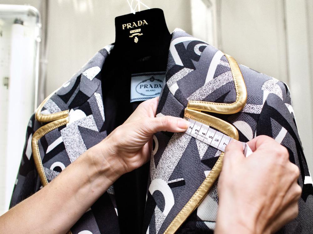 prada-factory2014-06