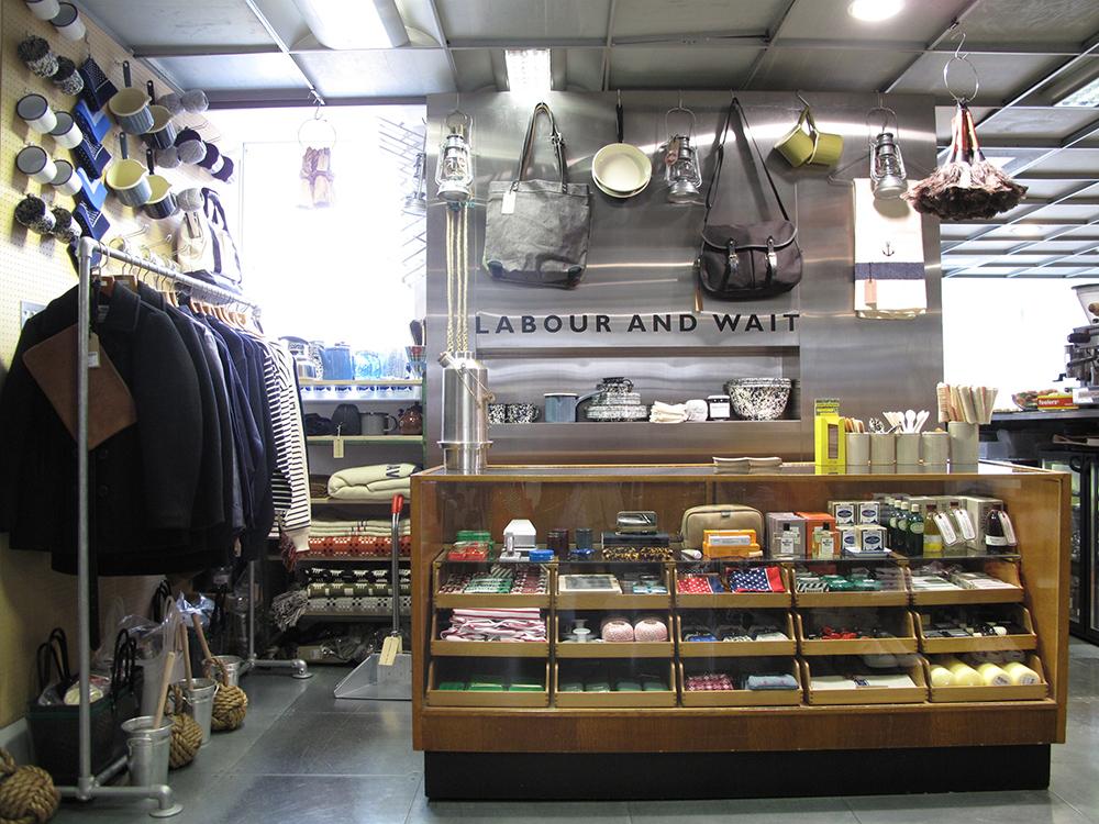 DSM-10th-Shop-02
