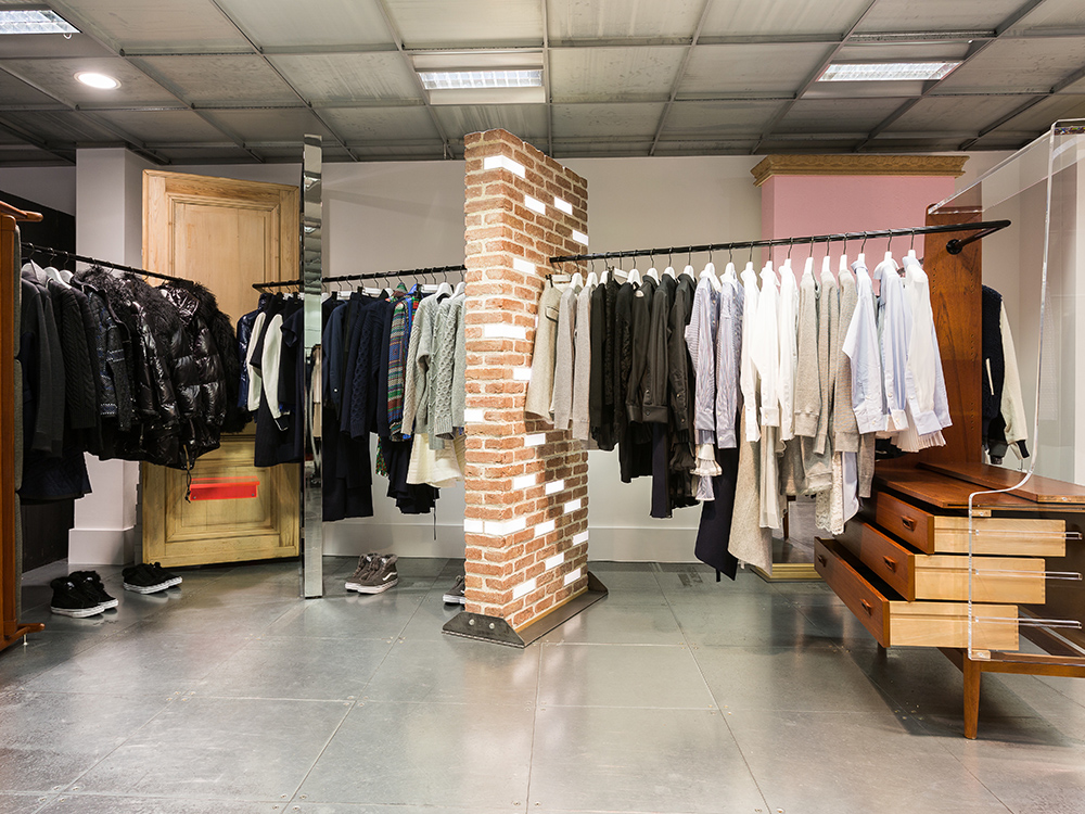 DSM-10th-Shop-13