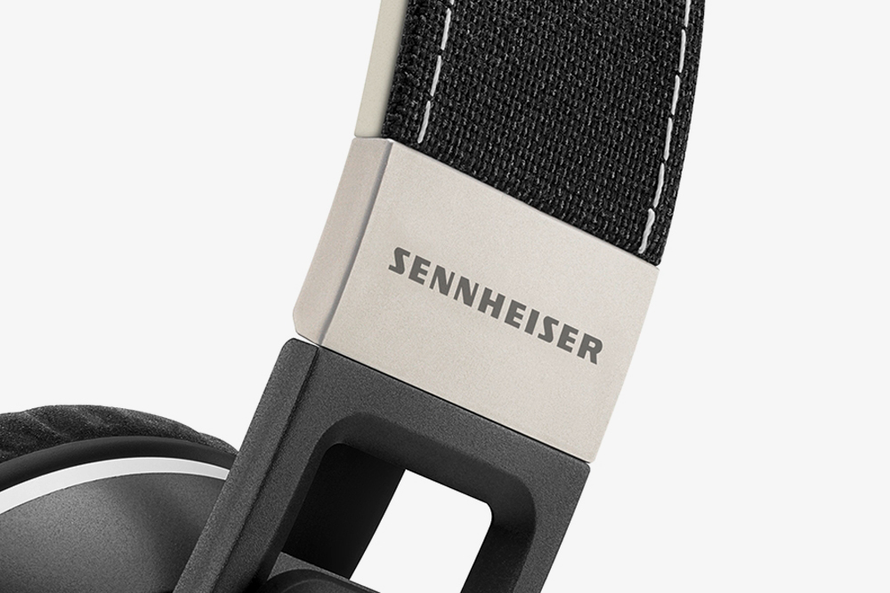 Sennheiser-Urbanine-Headphone-03